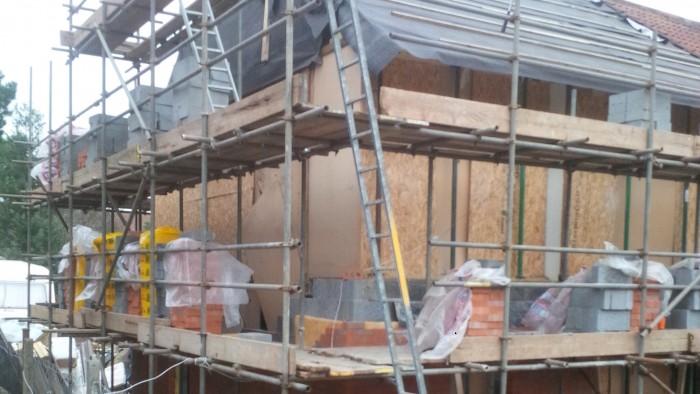 15 - New cavity brick wall