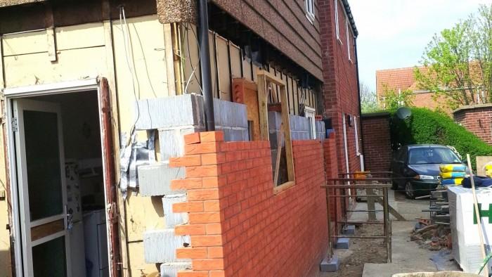 New cavity wall Airey - new cavity wall Airey